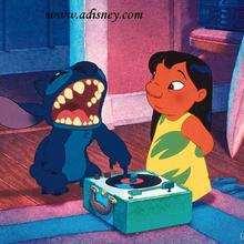 Fondo de pantalla : Stitch cantando