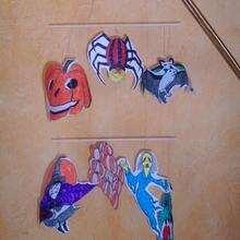 Manualidad infantil : Móvil terrorífico de Halloween