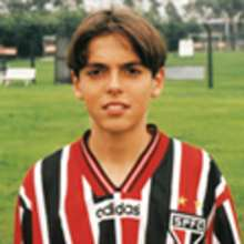 Video INFANCIA DE KAKA - Videos infantiles gratis - Videos de FUTBOL - Videos de KAKA