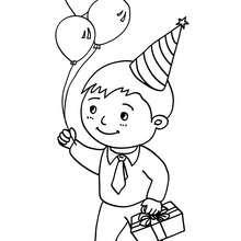Niño con su regalo de cumpleaños para colorear - Dibujos para Colorear y Pintar - Dibujos para colorear FIESTAS - Dibujos para colorear CUMPLEAÑOS - Dibujos CUMPLEAÑOS para colorear imprimir