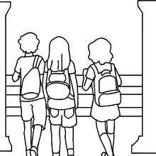 Dibujo para colorear : alumnos en la escuela