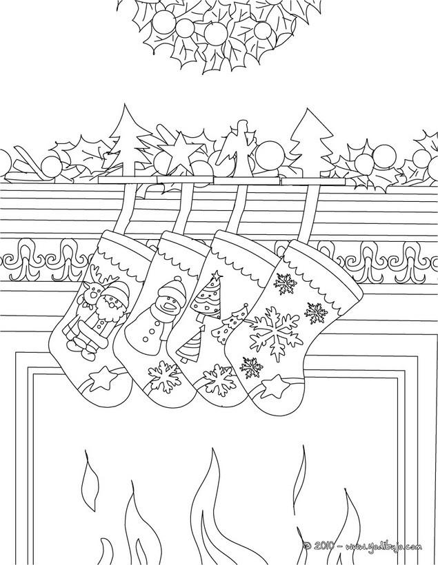 Dibujos para colorear calcetines en la chimenea de navidad es