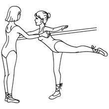 Dibujo para colorear : profesor y bailarina haciendo arabesco en la barra