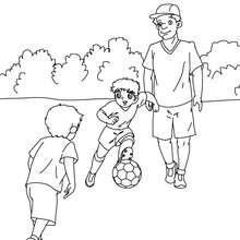 Dibujo del padre jugando futbol con sus hijos para colorear - Dibujos para Colorear y Pintar - Dibujos para colorear FIESTAS - Dibujos para colorear DIA DEL PADRE