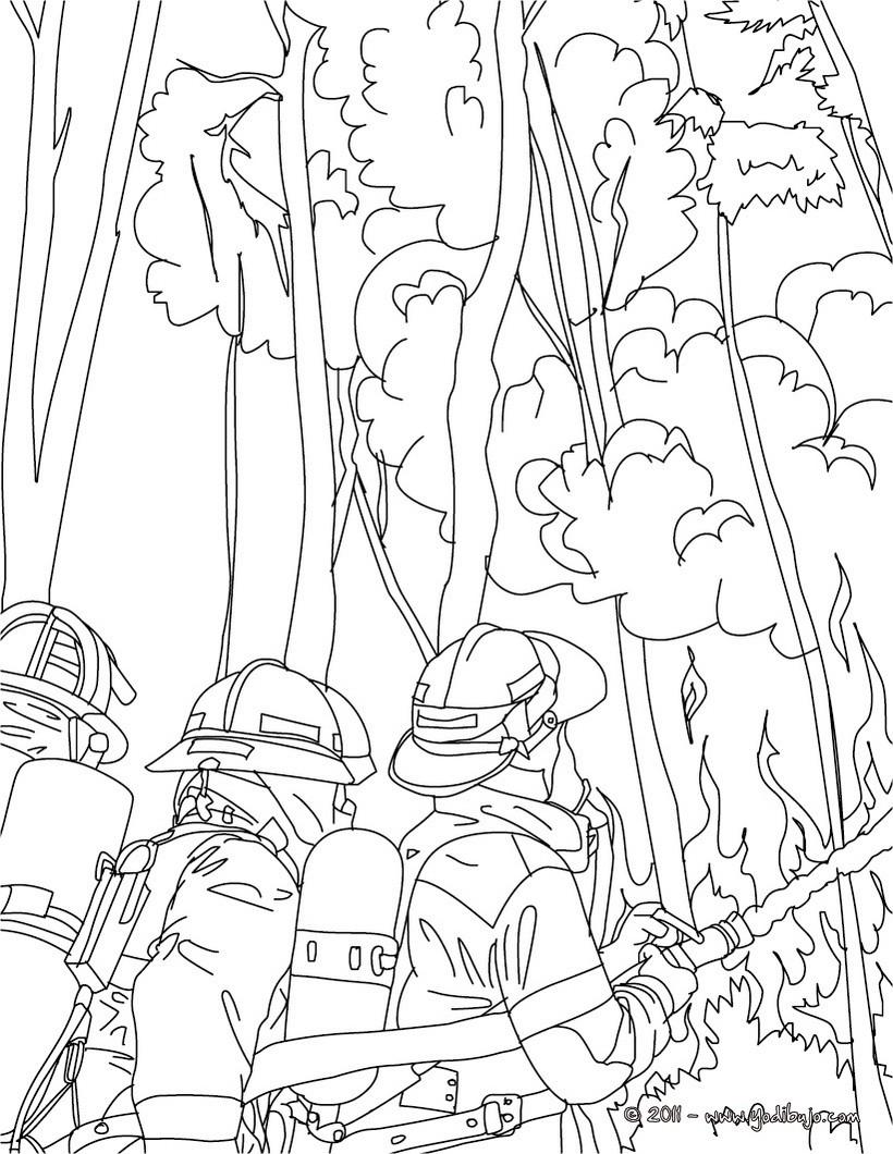 Dibujo para colorear : un grupo de bomberos con la manguera de agua para apagar el incendio