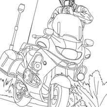 Dibujo para colorear de un policia en su moto controlando la velocidad - Dibujos para Colorear y Pintar - Dibujos para colorear PROFESIONES Y OFICIOS - Dibujos de POLICIA para colorear