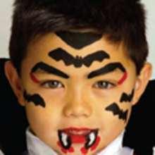 Manualidad infantil : Maquillaje del VAMPIRO DRACULA