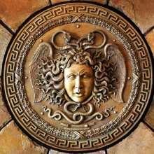 Puzzle de MEDUSA, la gorgona con serpientes en la cabeza