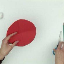 Video : Fabricar el gorro de Papa Noel con cartulina