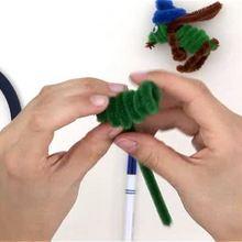 Video manualidades SALTAMONTE con varilla de chenille