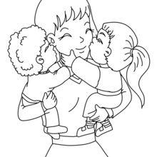 Mamá con su hijos