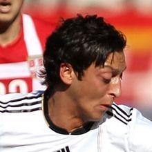 Puzzle en línea : Mesut Özil