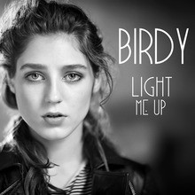 Video : Birdy - Light me up