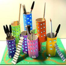Manualidad infantil : La ciudad - Sostenedores de utensilios de escritorio