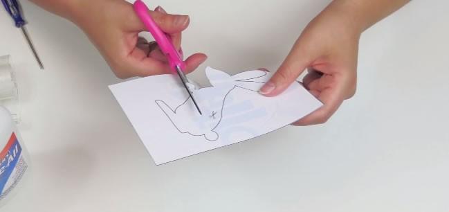 Manualidad infantil : Guirnalda de conejitos para la Pascua