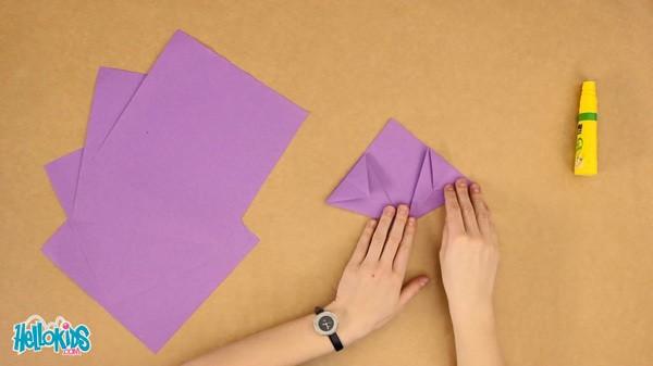Manualidad infantil : Papiroflexia: La flor