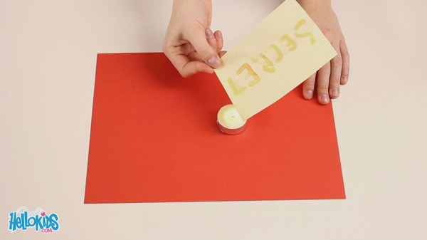 Manualidad infantil : La tinta invisible