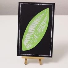 Manualidad infantil : Un cuadro con una hoja de árbol