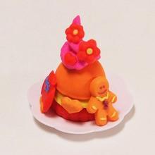 Manualidad infantil : Cupcakes coloridos con plastilina