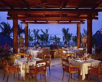 Guerra de Amor! // Joe & _______ (tu) P0s5c_aramara-un-restaurante-de-prestigio-en-riviera-nayarit