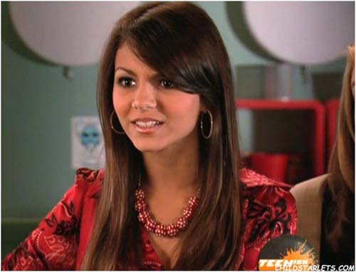 Alondra Hidalgo, la voz de Kiara cachorra U52za_victoria_justice12
