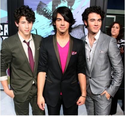 Jonas Brothers, ¿Gira de despedida? M3yh2_jonas-brothers-gossip