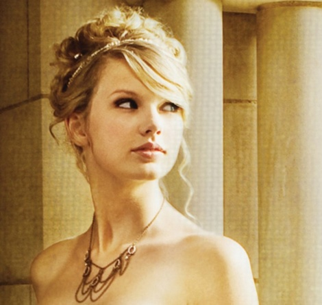 Taylor Swift  on Taylor Swift  Biograf  A E Im  Genes De Taylor Swift  Biography