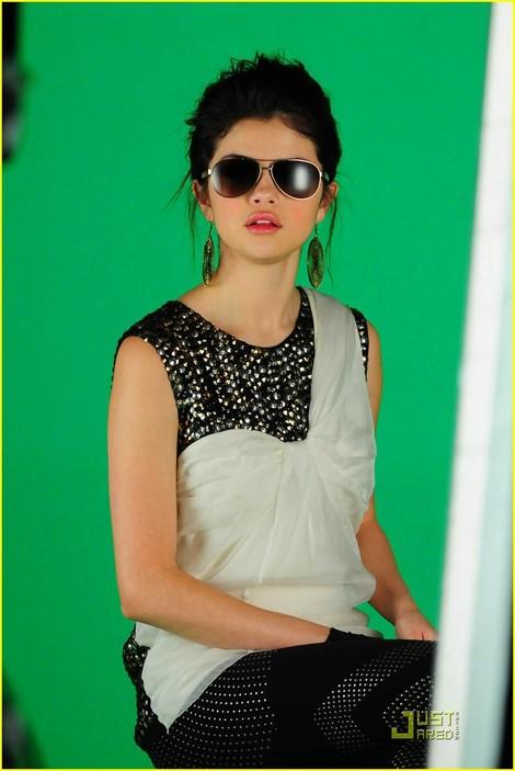 selena gomez naturally. Favorite Selena Gomez Pic