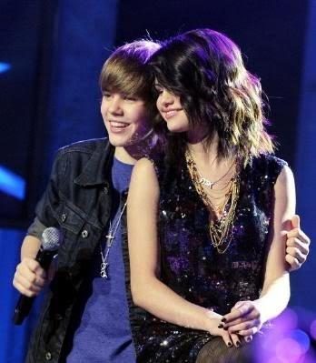 selena gomez and justin bieber. Selena Gómez y Justin Bieber