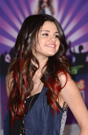 http://images.yodibujo.es/_uploads/membres/articles/20100413/434n4-selena-g1_7ws.jpg