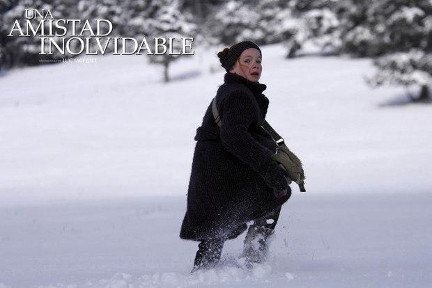 La niña en la nieve
