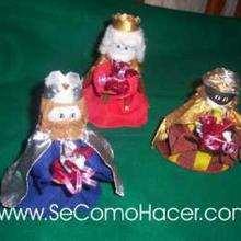 Los Reyes Magos y San José